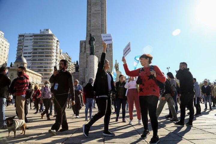 manifestantes-anticuarentena